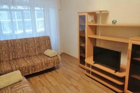 Сдается 1-комнатная квартира посуточно, Ханты-Мансийский автономный округ,Омская улица, 8.