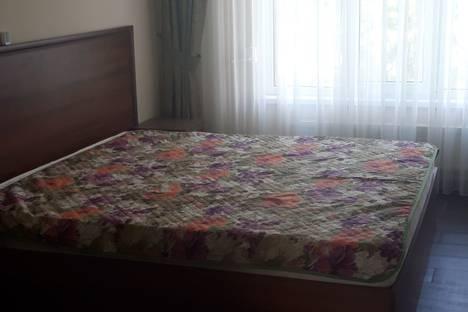 Сдается 2-комнатная квартира посуточно в Ольгинке, Айдар пгт новомихайловский.