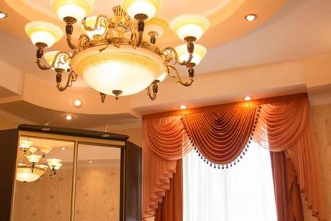 Сдается 2-комнатная квартира посуточно, Республика Крым, городской округ Феодосия, поселок городского типа Приморский.