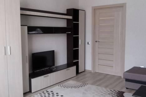 Сдается 1-комнатная квартира посуточно в Брянске, улица Чернышевского, 12, подъезд 1.