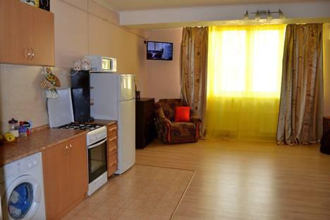 Сдается 2-комнатная квартира посуточно, Республика Крым, г.Ялта,ул. Отрадная 25.