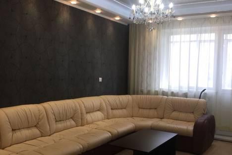 Сдается 3-комнатная квартира посуточно в Норильске, Талнахская улица, 13.