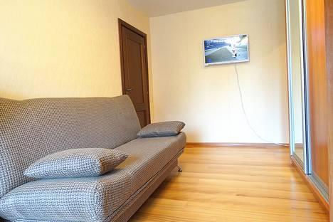 Сдается 2-комнатная квартира посуточно в Туле, улица Баженова, 12.