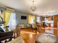 Сдается посуточно 3-комнатная квартира в Санкт-Петербурге. 120 м кв. улица Маяковского, 14