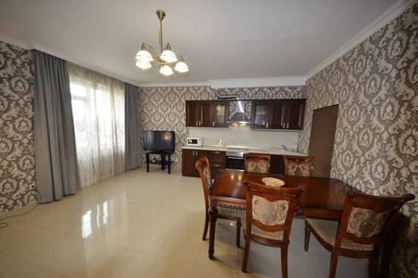 Сдается 3-комнатная квартира посуточно в Адлере, Сочи,улица Просвещения, 84.