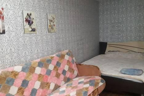 Сдается 1-комнатная квартира посуточно, Свердловская улица, 13.