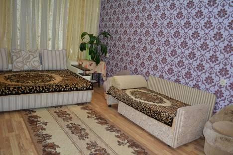 Сдается 1-комнатная квартира посуточно, микрорайон Лазаревское, улица Павлова, 75.