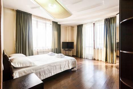 Сдается 2-комнатная квартира посуточно в Красноярске, улица Молокова, 1к4.