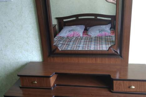 Сдается 3-комнатная квартира посуточно, Гагрский район,улица Агрба, 35.