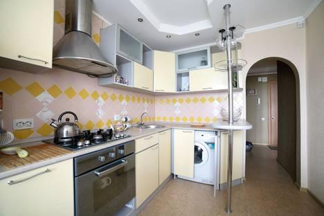 Сдается 1-комнатная квартира посуточно в Кургане, улица Гоголя, 151.