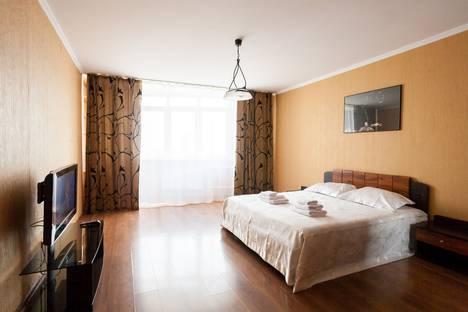 Сдается 3-комнатная квартира посуточно в Красноярске, Советский район, микрорайон Северный, улица Мате Залки, 41.