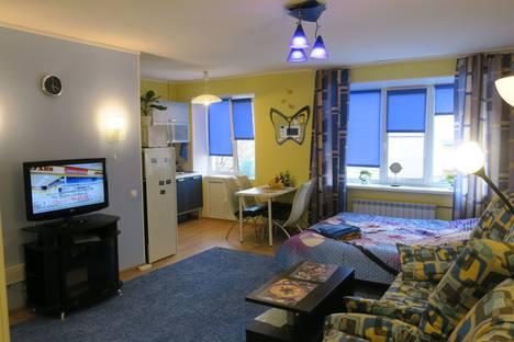 Сдается 1-комнатная квартира посуточно в Мурманске, улица Коминтерна, 15.