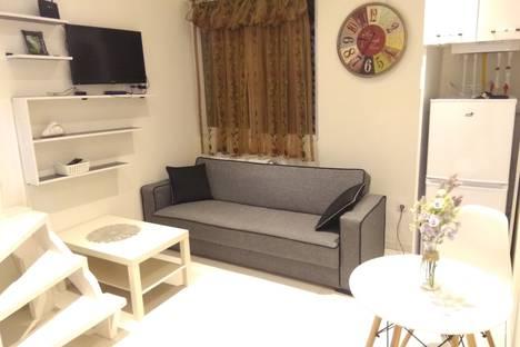 Сдается 2-комнатная квартира посуточно в Тбилиси, улица Мераба Алексидзе, 1.