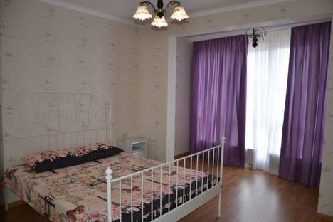 Сдается 3-комнатная квартира посуточно в Адлере, переулок Богдана Хмельницкого, дом 10.