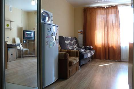 Сдается 1-комнатная квартира посуточно в Томске, улица Савиных, 4А.