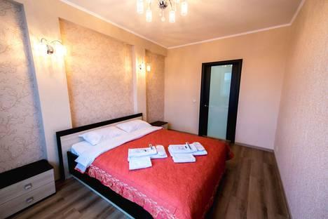 Сдается 2-комнатная квартира посуточно в Чебоксарах, Ярославская улица, 72.