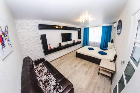 Сдается 1-комнатная квартира посуточно в Воронеже, улица Переверткина, 1/1.