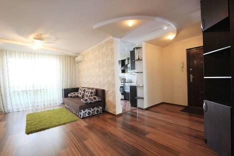 Сдается 2-комнатная квартира посуточно в Бузулуке, 3-й микрорайон, 9.