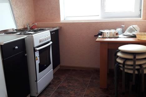 Сдается 2-комнатная квартира посуточно в Гагре, ул.Лакоба,4.
