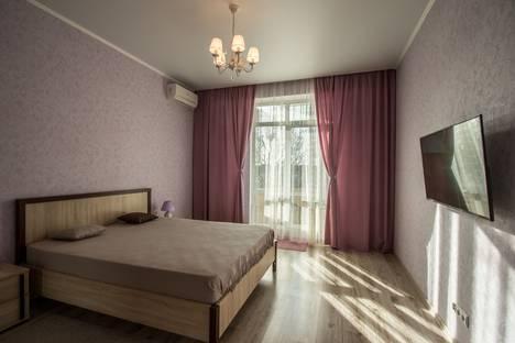 Сдается 1-комнатная квартира посуточно, Крымская улица, 21.