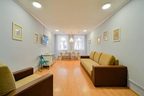 Сдается 4-комнатная квартира посуточно, набережная реки Фонтанки, 51-53.