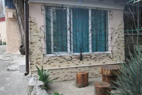 Сдается 1-комнатная квартира посуточно в Ялте, Республика Крым,улица Крупской, 24.