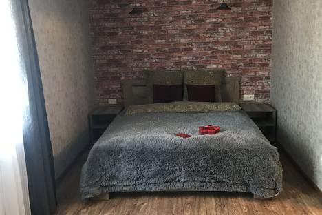 Сдается 2-комнатная квартира посуточно, улица Ленина, 4А.