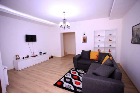 Сдается 2-комнатная квартира посуточно, Tbilisi, Vazisubnis kucha, 38.