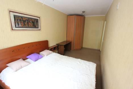 Сдается 2-комнатная квартира посуточно, Весенняя улица, 1.