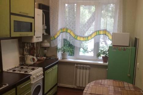 Сдается 2-комнатная квартира посуточно, Краснодарский край,Красноармейская 6.