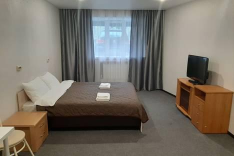 Сдается 4-комнатная квартира посуточно в Санкт-Петербурге, Sankt-Peterburg.