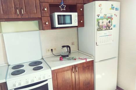 Сдается 1-комнатная квартира посуточно в Апрелевке, улица Островского, 38.