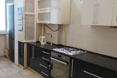 Сдается 2-комнатная квартира посуточно в Севастополе, Античный проспект, 66.