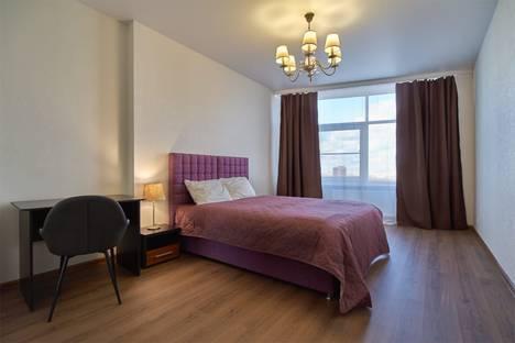 Сдается 3-комнатная квартира посуточно, проспект Мира, 188Бк1.