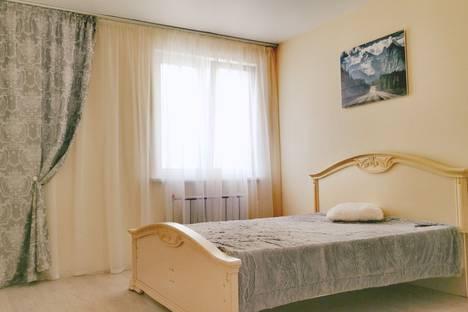 Сдается 1-комнатная квартира посуточно, улица Алексеева, 48А.