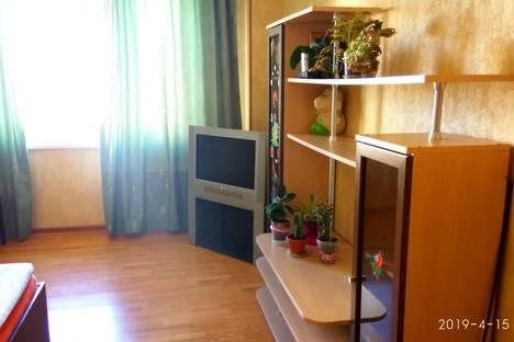 Сдается 2-комнатная квартира посуточно в Одинцове, улица Чистяковой, 62.
