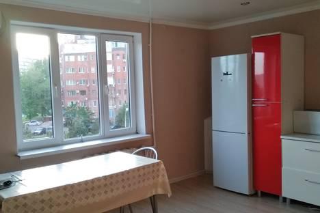 Сдается 2-комнатная квартира посуточно в Анапе, ул. Ленина 153.