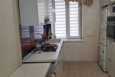 Сдается 2-комнатная квартира посуточно, ул московская 3.