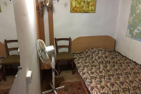 Сдается комната посуточно, Республика Крым,улица Ленина, 87-2.