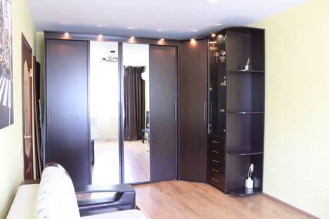 Сдается 4-комнатная квартира посуточно, Гражданский проспект, 114к1.