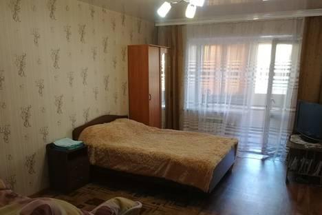 Сдается 1-комнатная квартира посуточно, улица Авиаторов, 16.