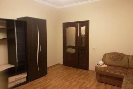 Сдается 2-комнатная квартира посуточно в Сочи, микрорайон Лазаревское, улица Тормахова, 2/3.