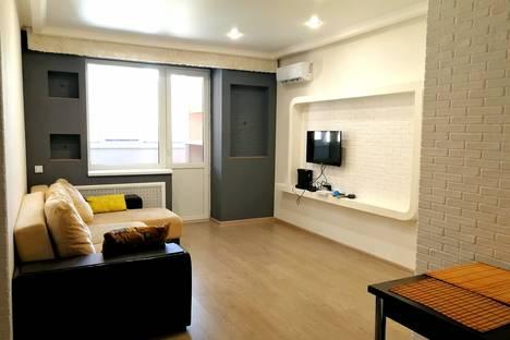 Сдается 2-комнатная квартира посуточно в Краснодаре, улица Мачуги, 4/2.