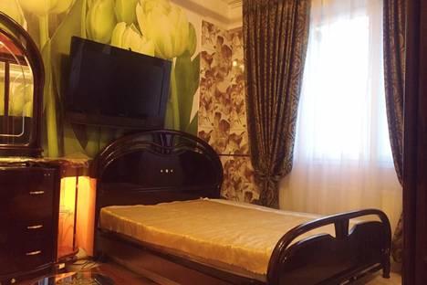 Сдается комната посуточно в Московском, Москва,ул.Летчика Ульянина,д.7,корпус,2,этаж 6.