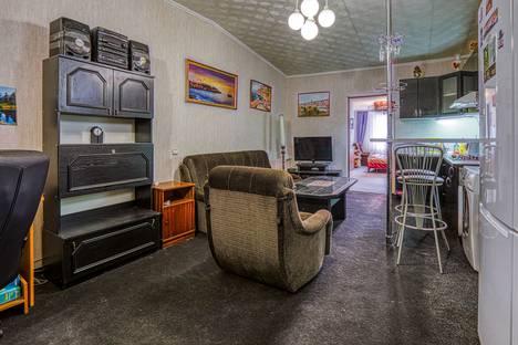 Сдается 2-комнатная квартира посуточно в Сочи, Санаторная улица, 42/54.
