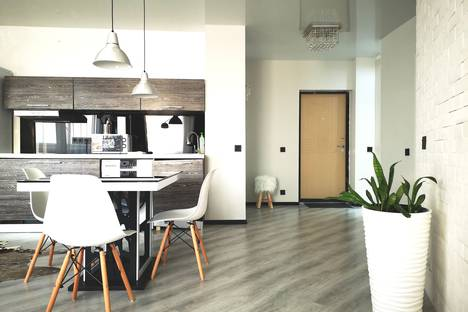 Сдается 2-комнатная квартира посуточно во Владивостоке, улица Крыгина, 86В.