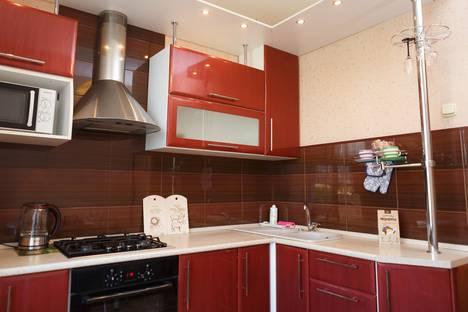 Сдается 2-комнатная квартира посуточно, Советский проспект, 43.