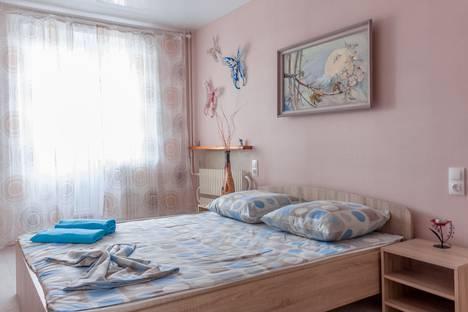 Сдается 3-комнатная квартира посуточно в Волгограде, Рионская улица, 11.