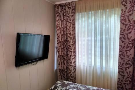 Сдается 2-комнатная квартира посуточно в Мурманске, улица Адмирала Флота Лобова, 11к2.