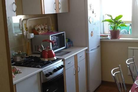 Сдается 2-комнатная квартира посуточно в Яровом, Алтайский край,квартал А, 36.